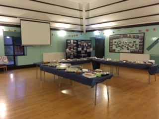 patrick moore room screen and table layout for food